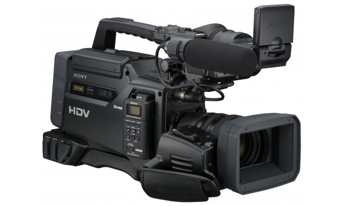 HVR-2702