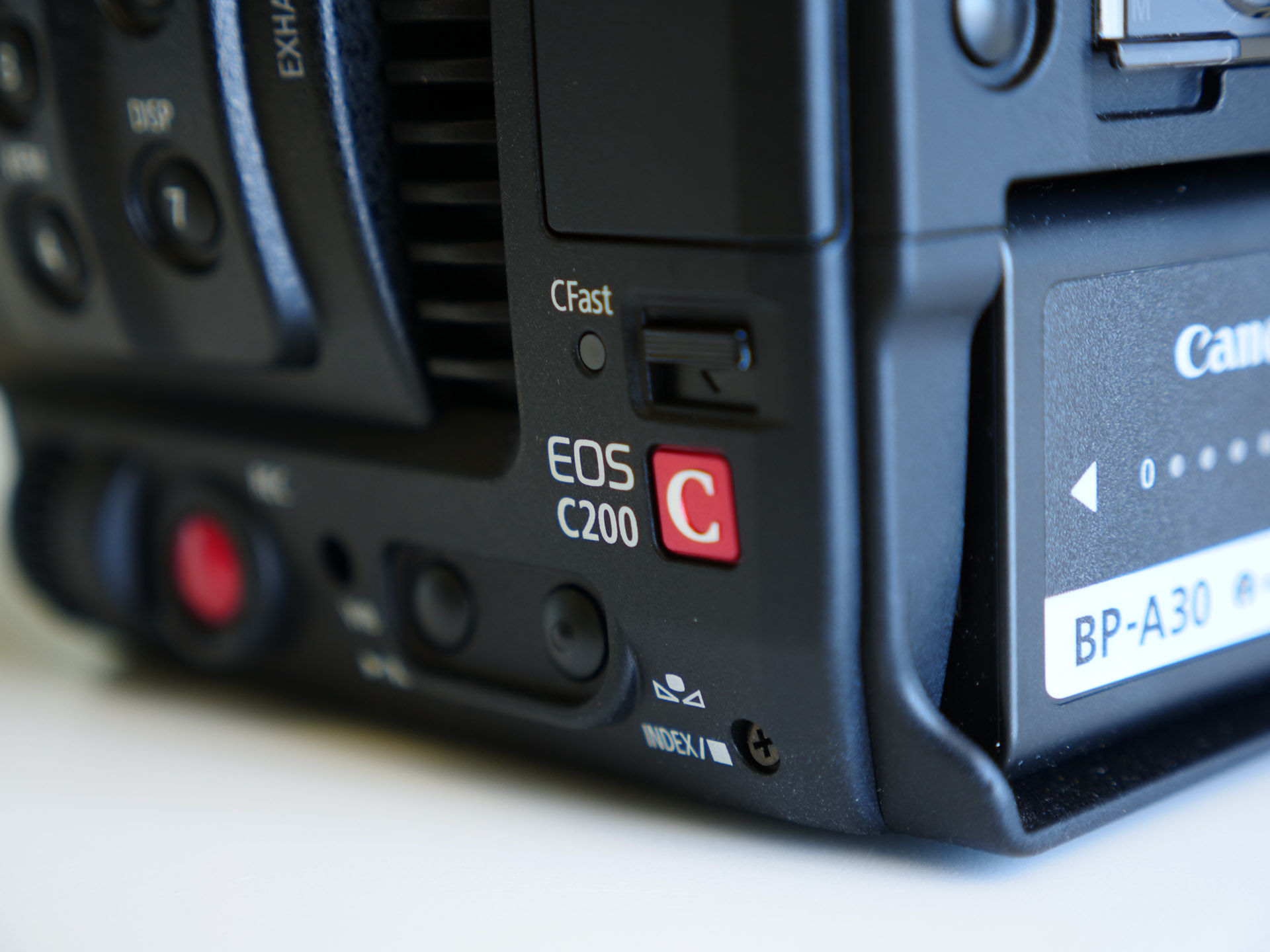 CANOS C200 VS C300 MARK II ¿CUÁL ELEGIR? - KBN Next MediaKBN Next Media